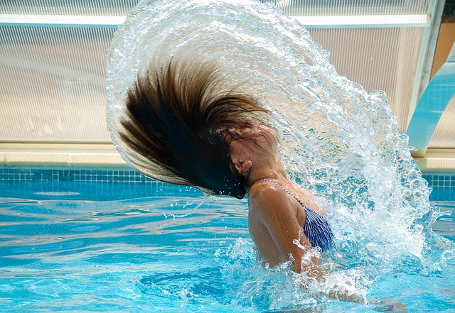 9 Ways to Minimize Effects of Chlorine Exposure from Swimming Pool